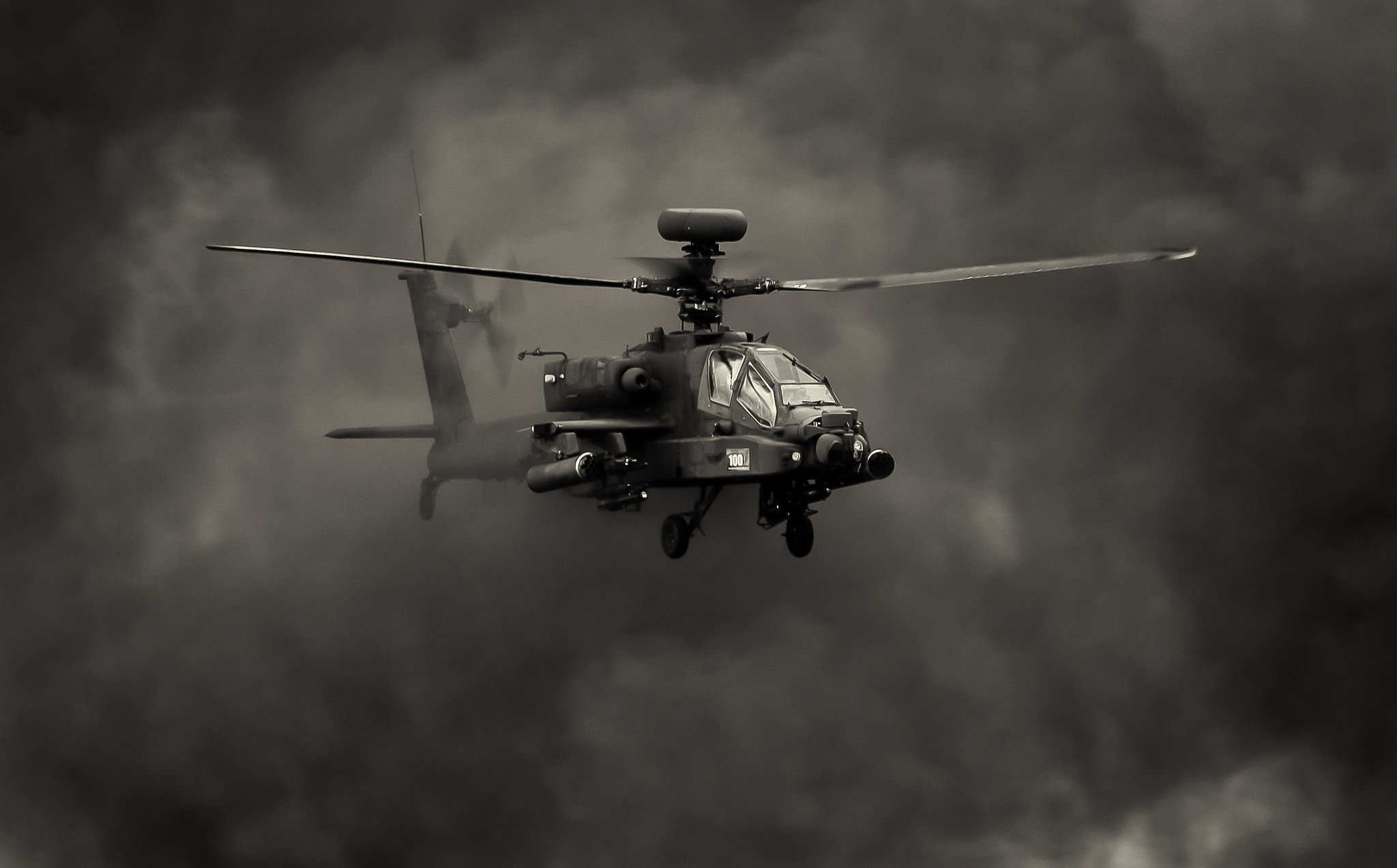 2048x1273 Apache Helicopter Wallpaper ·①