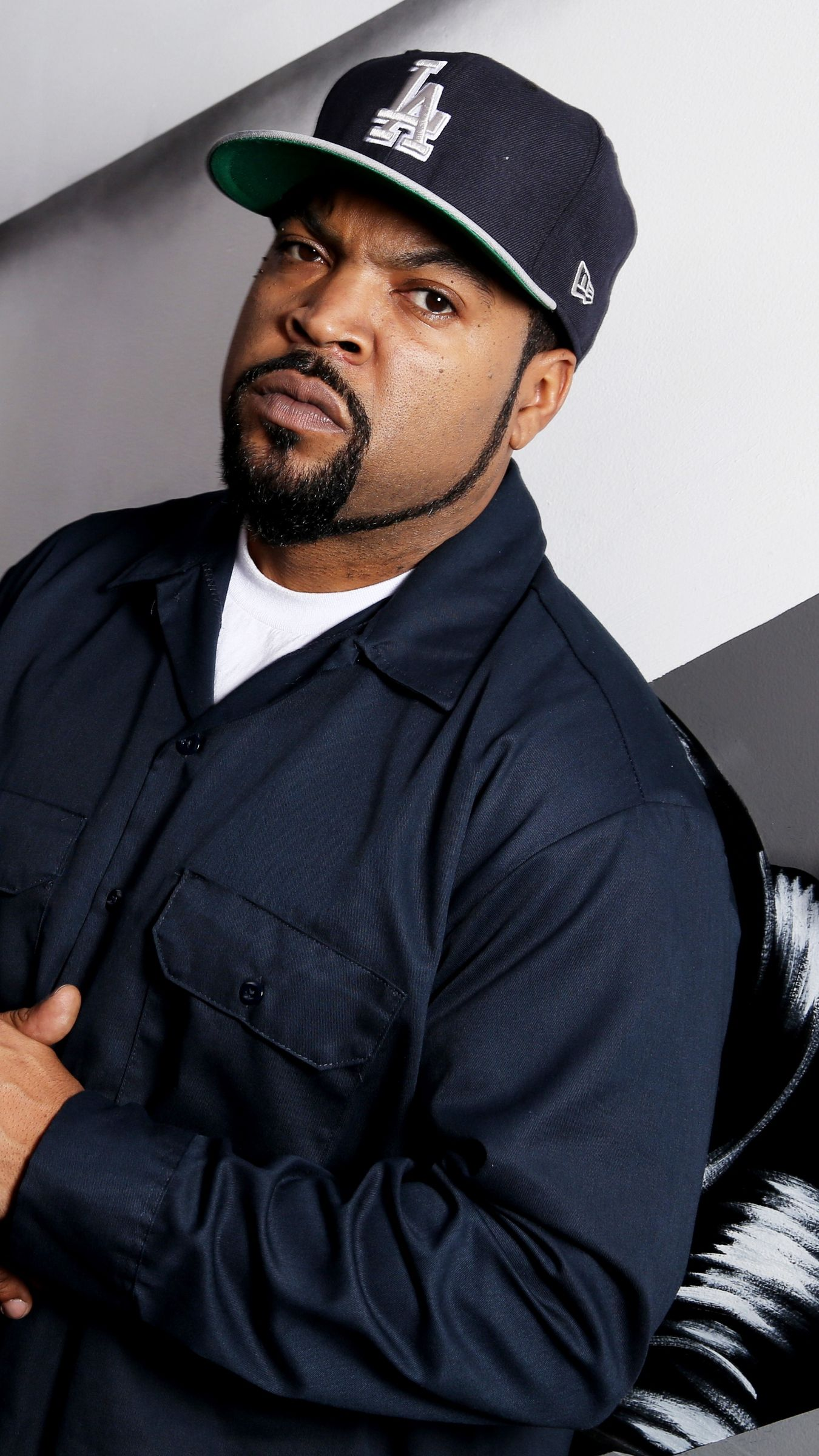 1350x2400 Ice Cube Wallpapers 4K (1350x2400) | Wallperio.com™