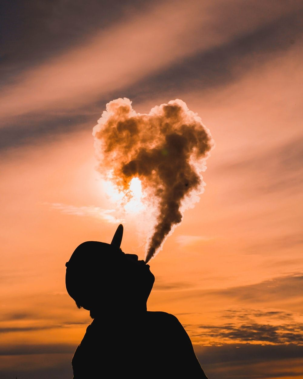 1000x1250 500+ Vape Pictures [HD] | Download Free Images on Unsplash