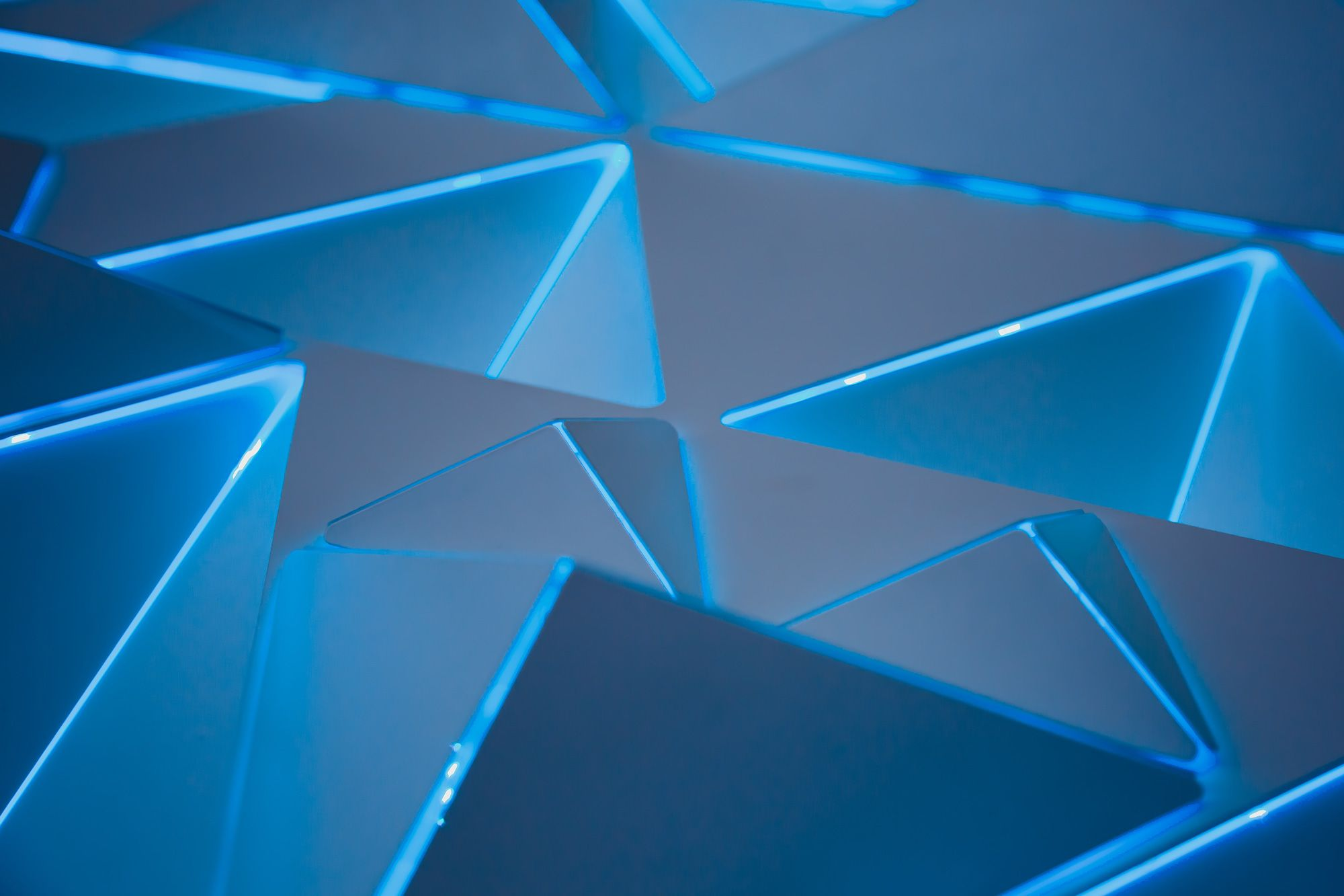 2000x1333 5 Days of Awesome Wallpapers: Geometric Wallpapers - TechSpot