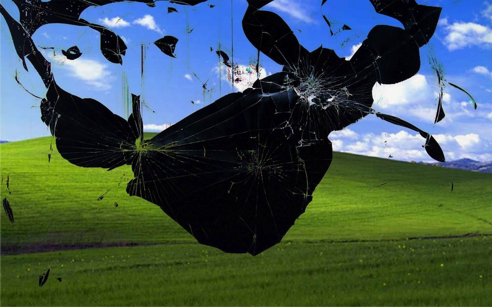 1600x1000 Photo of cracked computer monitor screen HD wallpaper ...