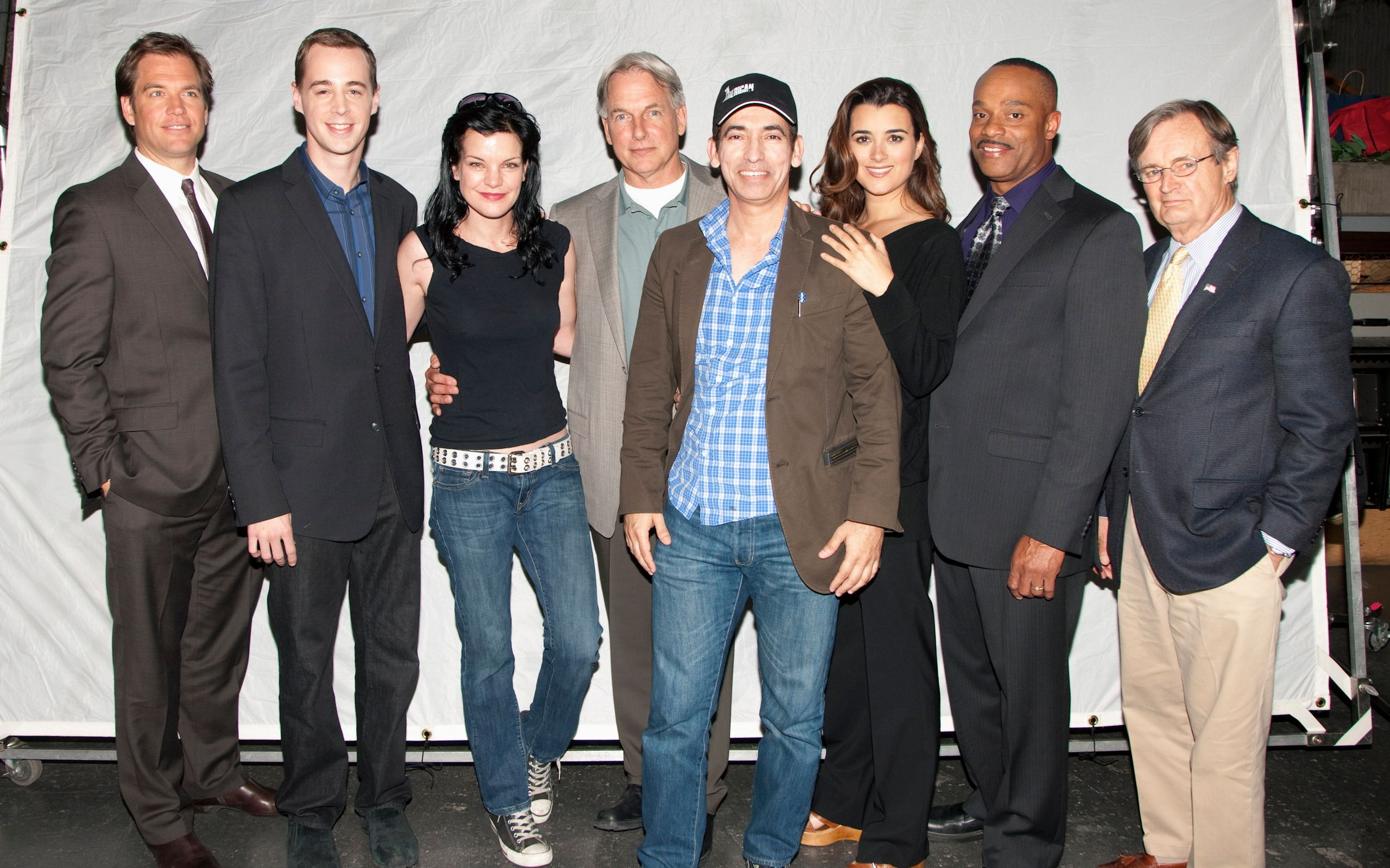 2560x1600 NCIS Wallpapers and Background Images - stmed.net