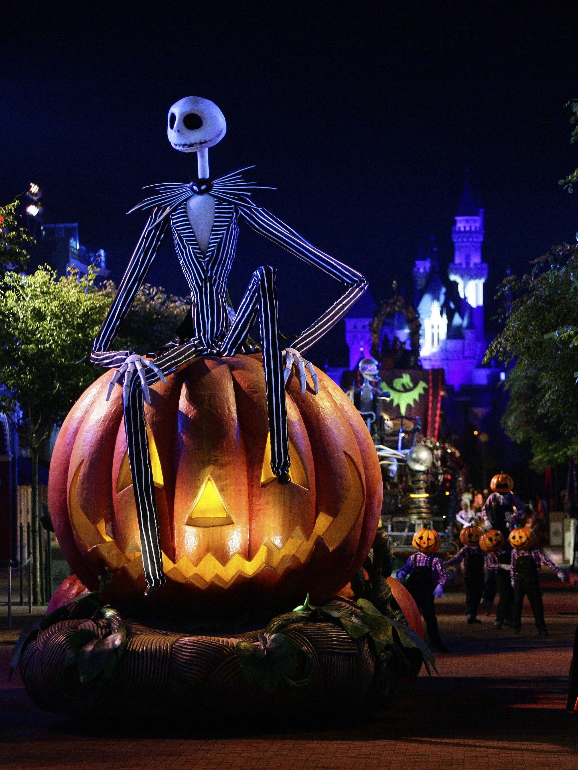 2027x2700 Disney Halloween Backgrounds (71+ images)