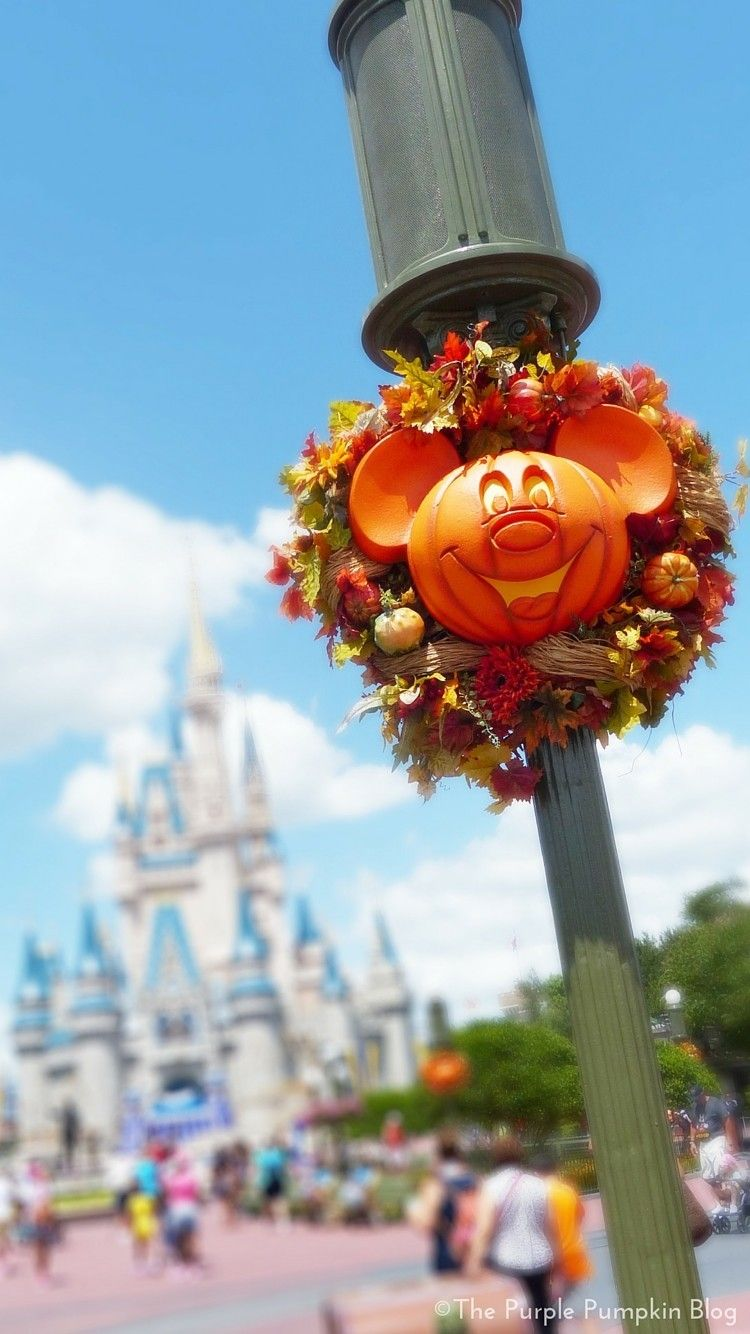 750x1334 49+] Walt Disney Halloween Wallpaper on WallpaperSafari