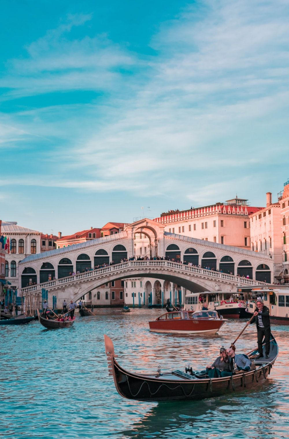 1000x1517 900+ Italy Images: Download HD Pictures & Photos on Unsplash