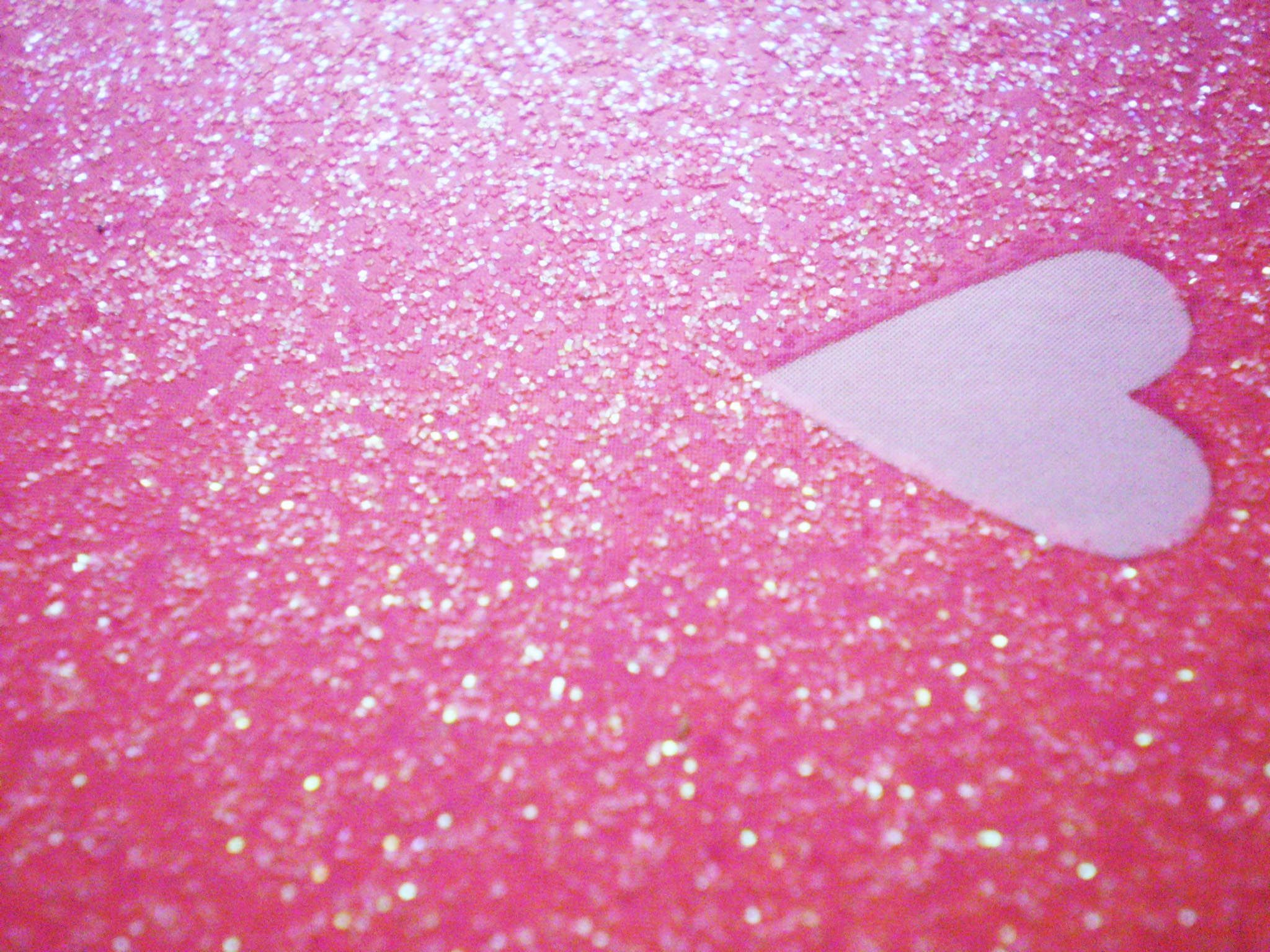 2048x1536 30+ Glitter Pink Hearts Wallpapers - Download at WallpaperBro