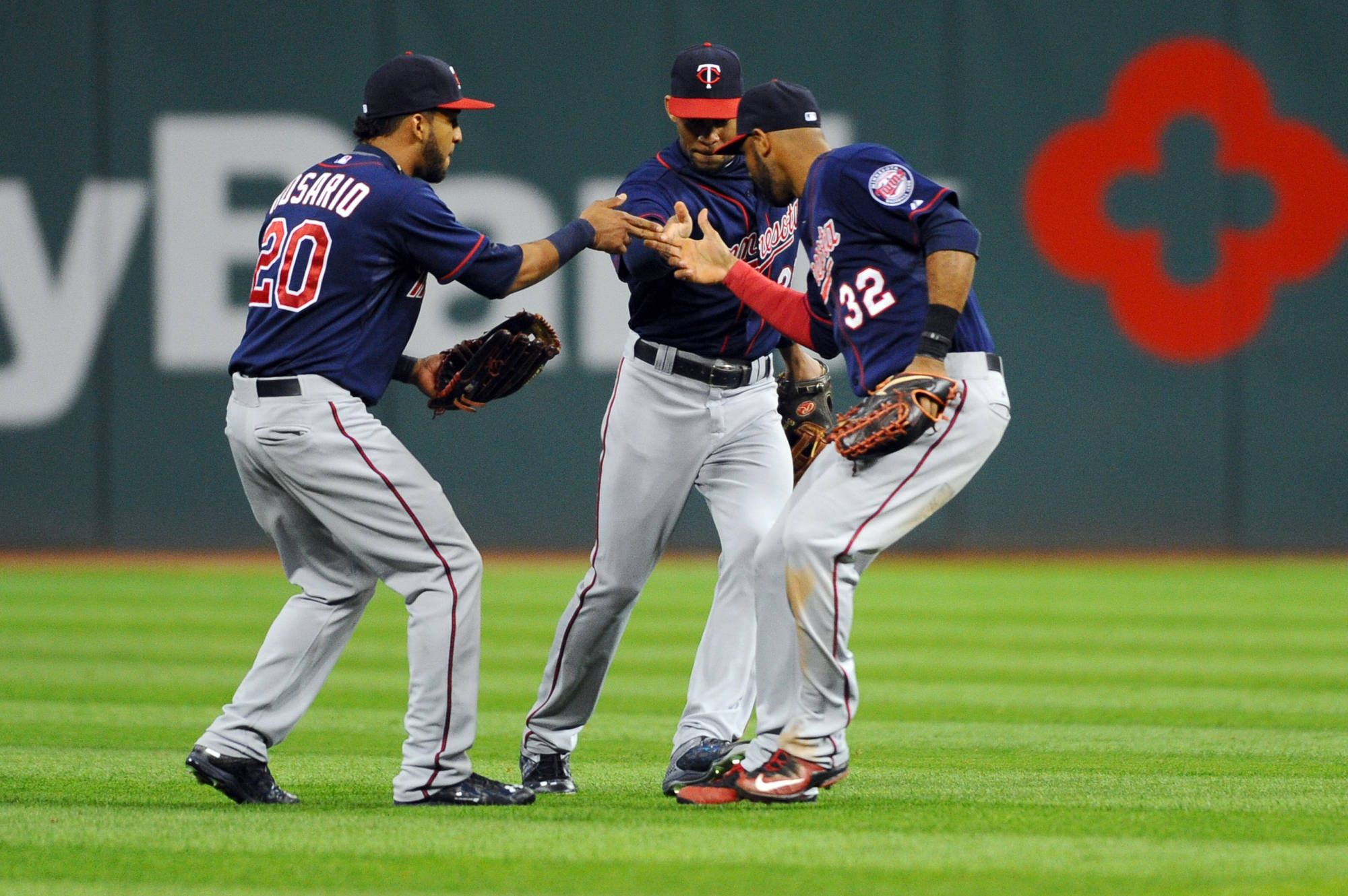 2000x1330 Minnesota Twins Wallpapers Images Photos Pictures Backgrounds