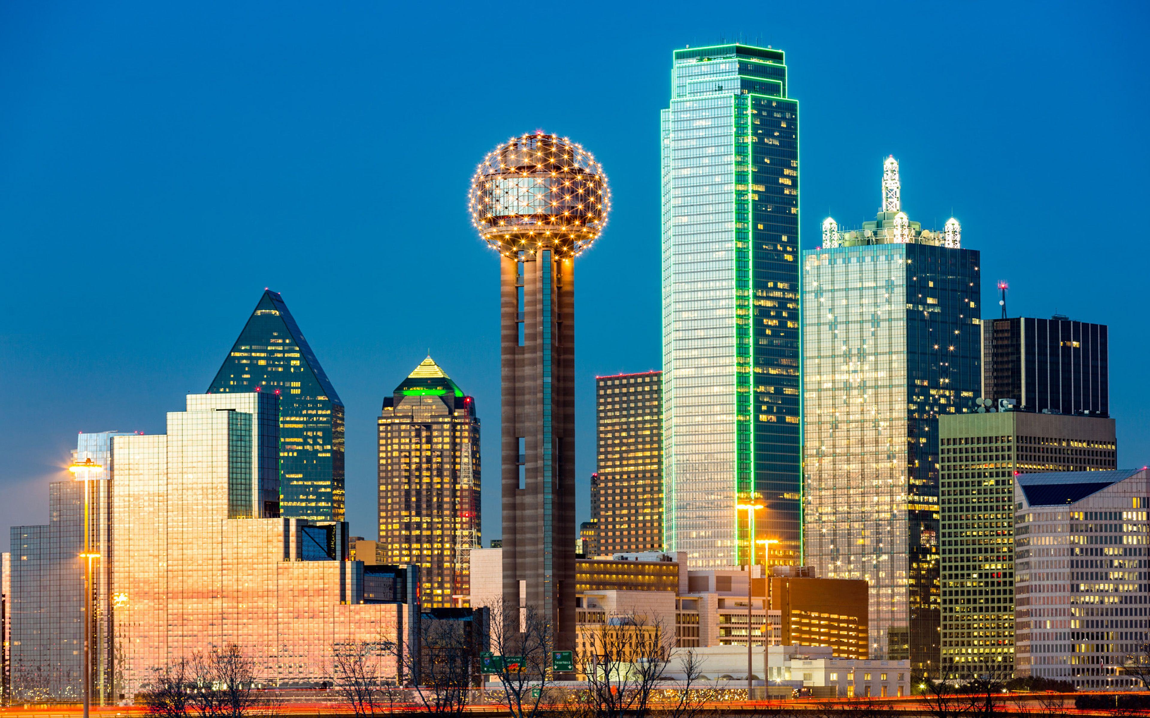 3840x2400 Dallas Reunion Tower Skyline At Night City In Texas United ...