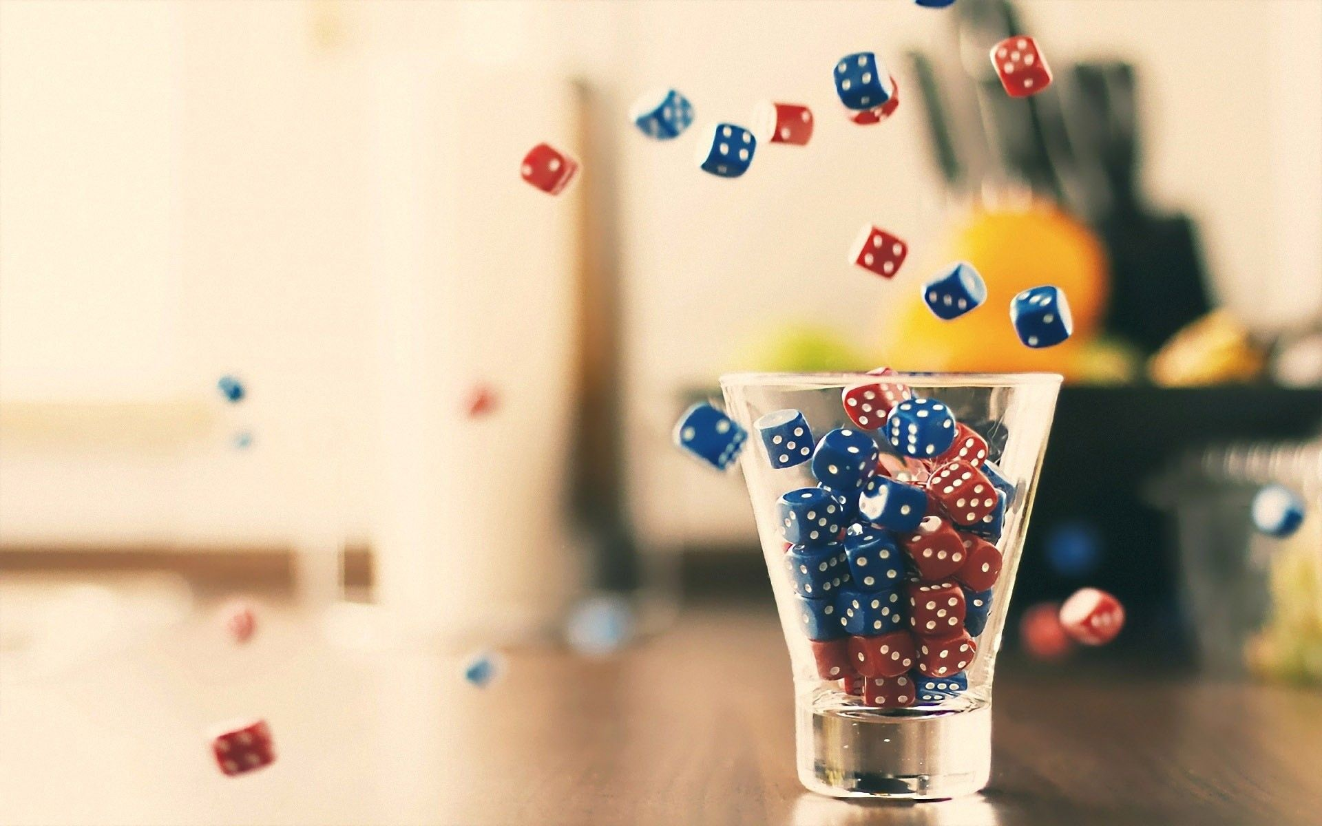 1920x1200 glass, dice, lucky :: Wallpapers