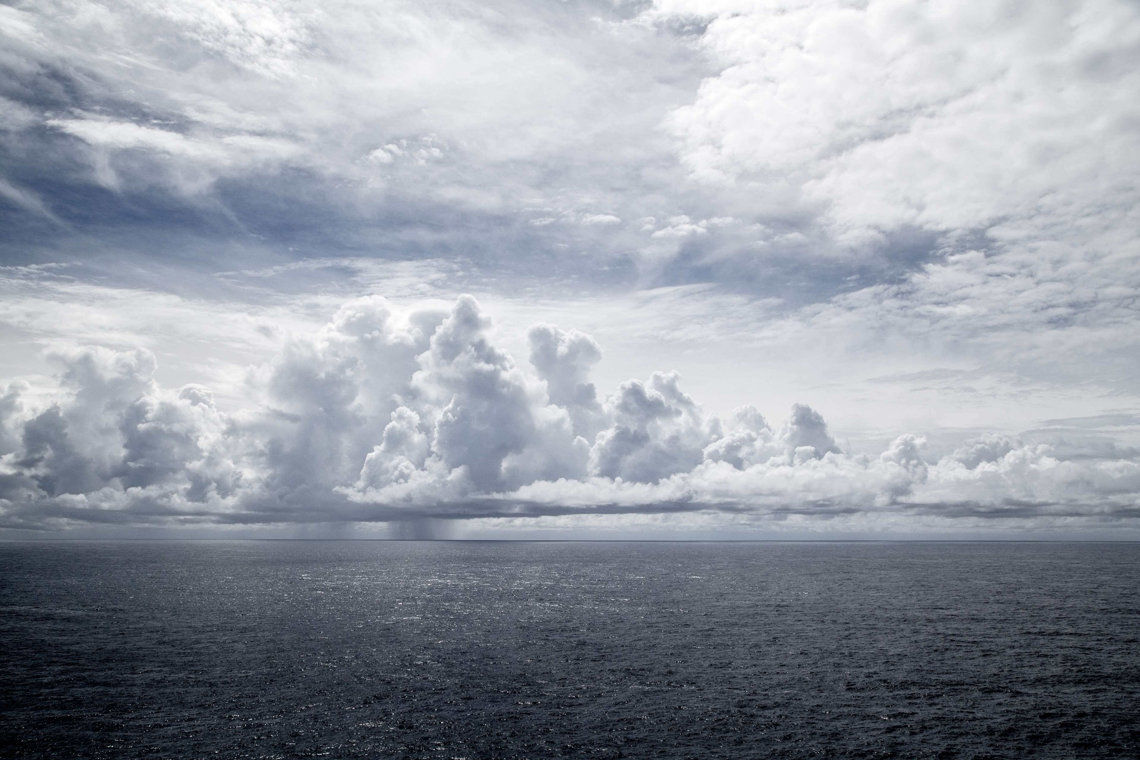 3840x2560 3061410 clouds, grey sky, ocean 4k wallpaper and background ...