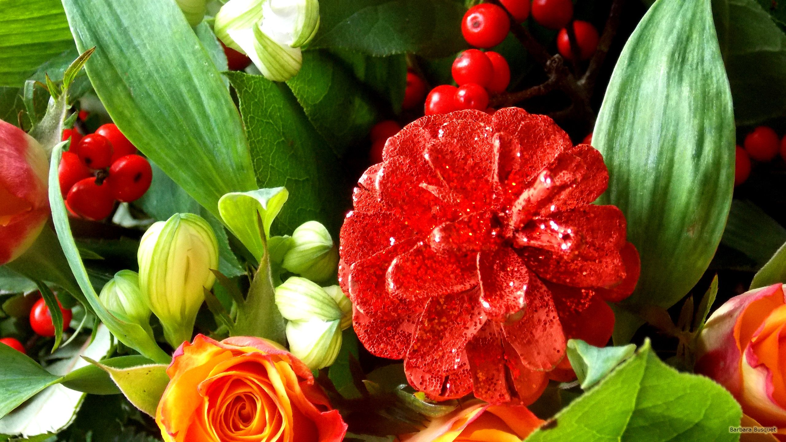 2560x1440 Christmas flower bouquet | Barbaras HD Wallpapers