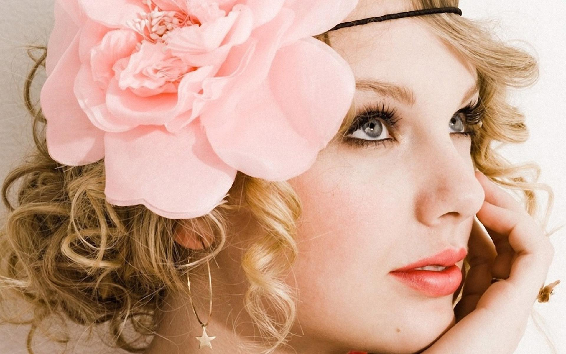 1920x1200 Taylor Swift Portrait Wearing Big Flower in her Hair widescreen ...