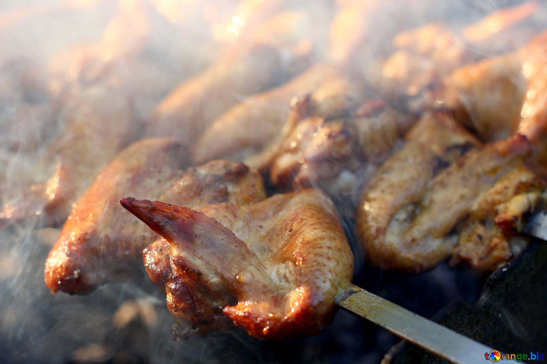 1920x1280 Fried chicken chicken wings on the grill bird № 44795