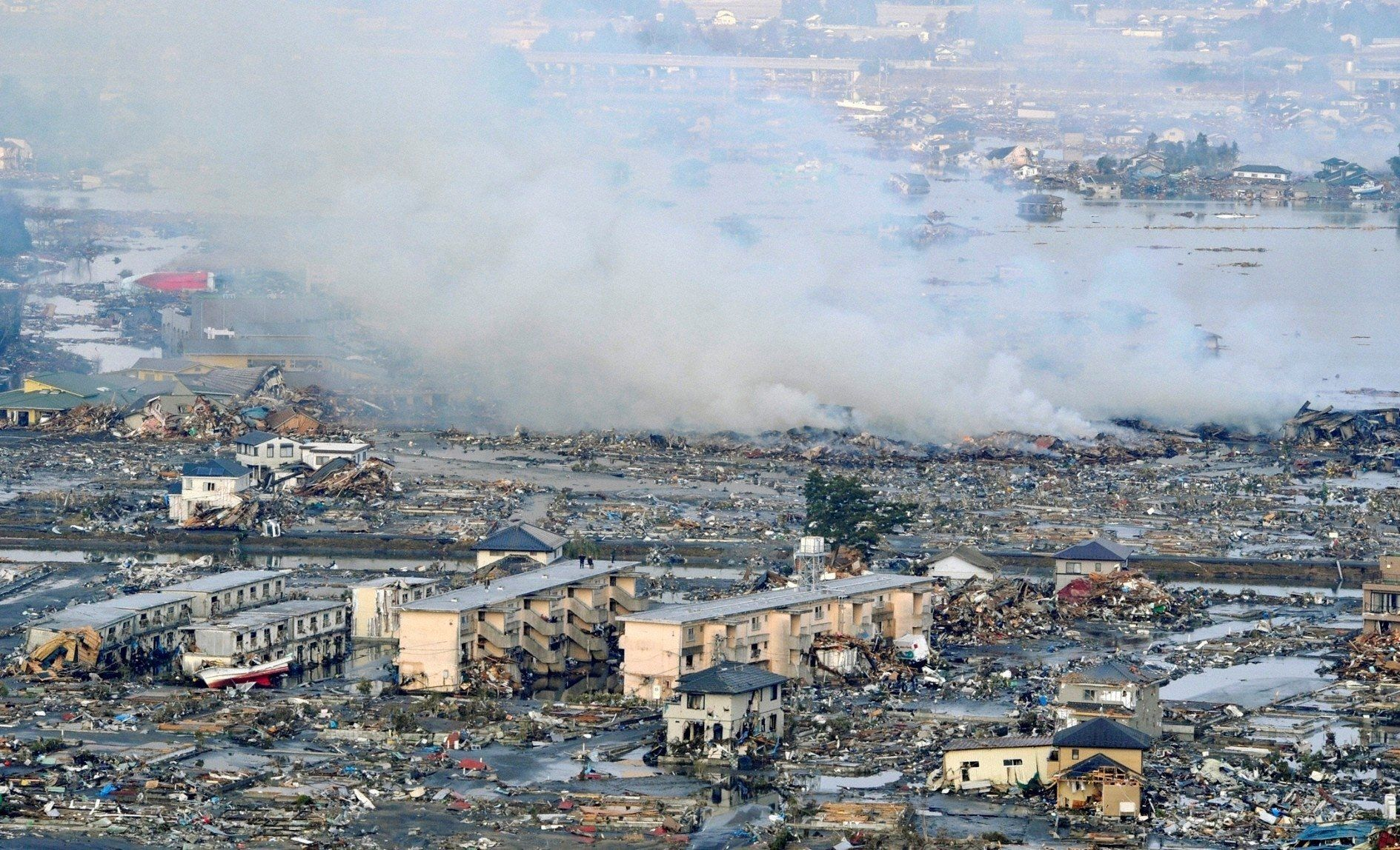 1889x1148 Japan Tsunami - Earthquake March 2011 Wallpaper and Background ...