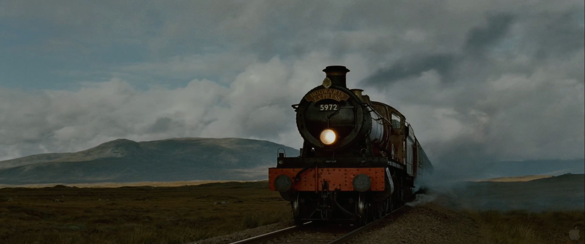 1920x800 Hogwarts Express Train from Harry Potter and the Deathly Hallows ...