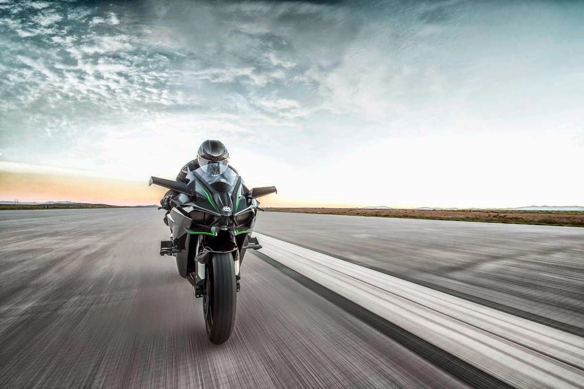 1200x799 motorcycle and bike review: 2015 Kawasaki Ninja H2r Far front view ...