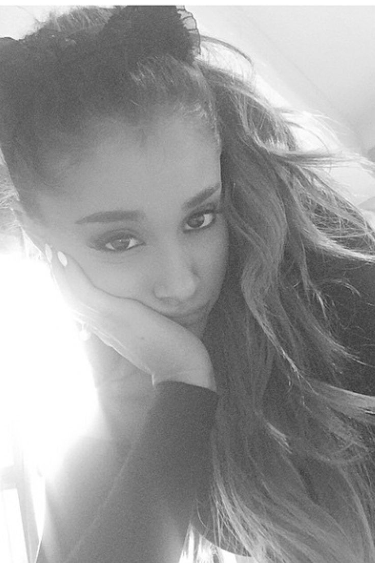 736x1104 35+ Ariana Grande wallpapers HD download free