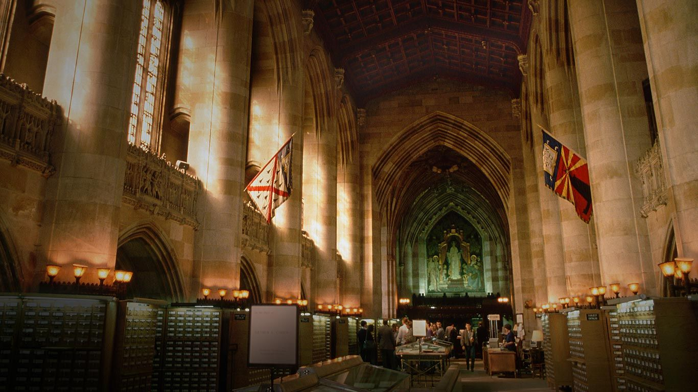 1366x768 Sterling Memorial Library of Yale University, New Haven, Connecticut ...