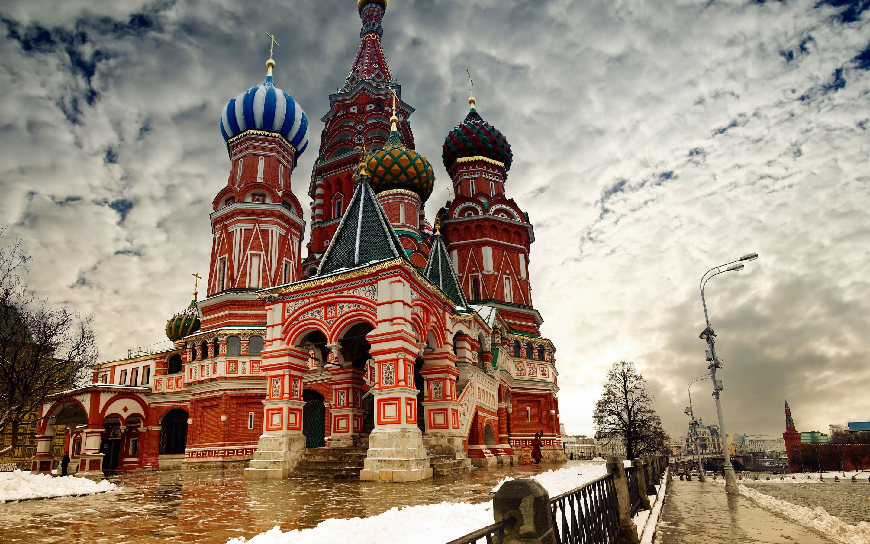 2880x1800 Wallpaper moscow, snow, winter, the cathedral of the basil of the ...