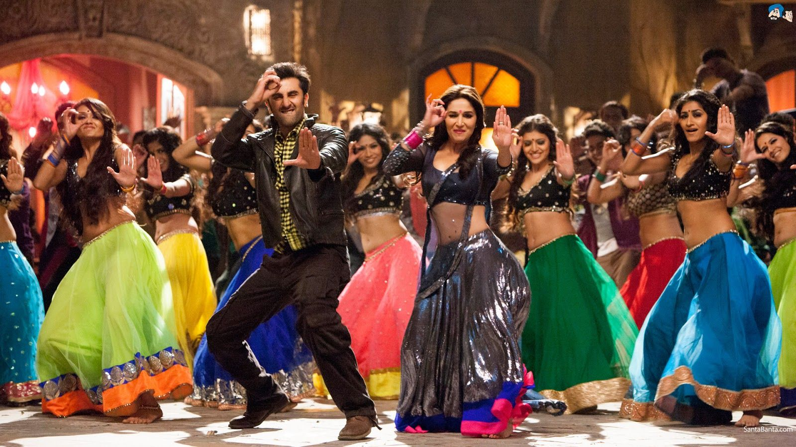 1600x900 SingleMomtism: 5 Bollywood Dance Numbers You Need To See (And 1 ...