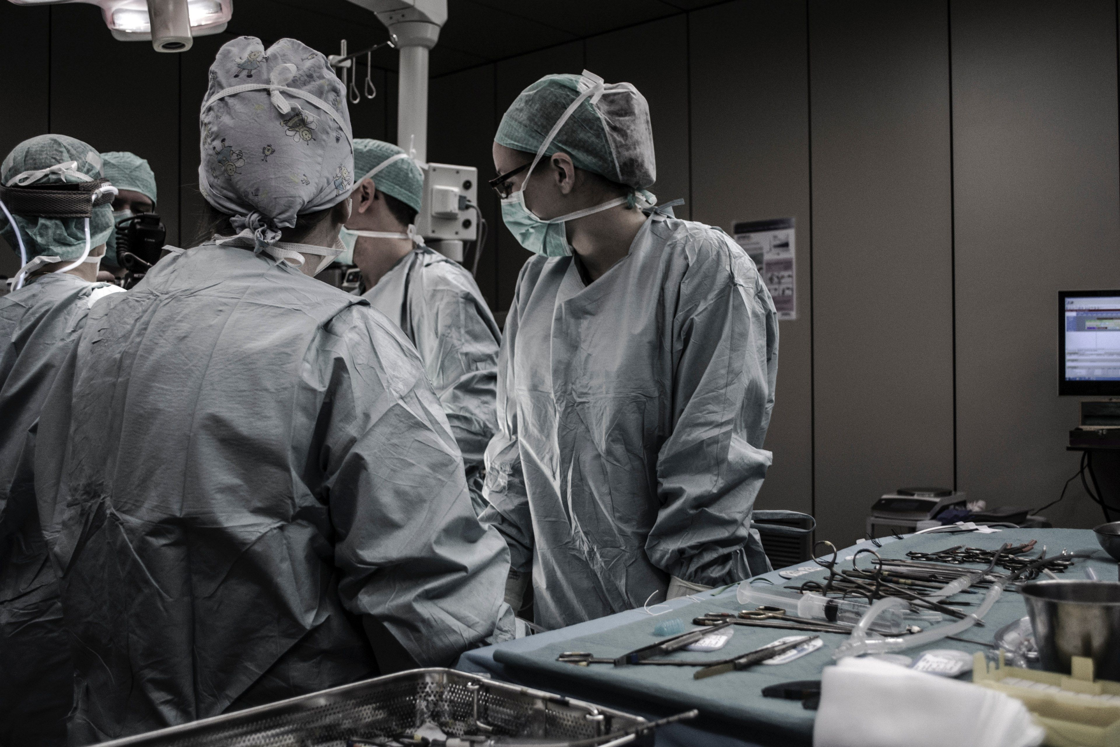 3840x2560 surgery hospital medical and doctor hd 4k wallpaper and background