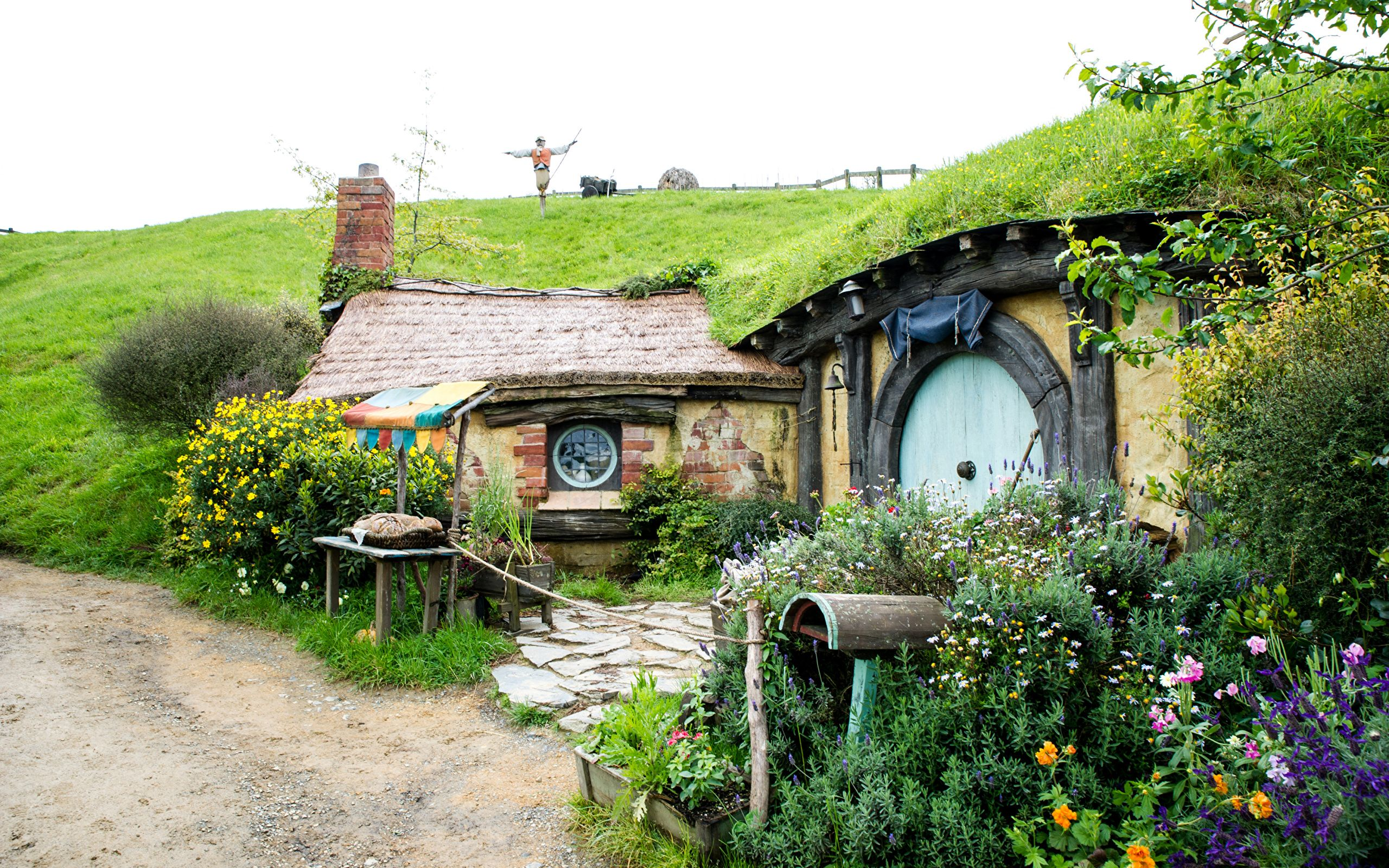 2560x1600 Wallpaper New Zealand Matamata Hobbiton Park Nature Parks 2560x1600