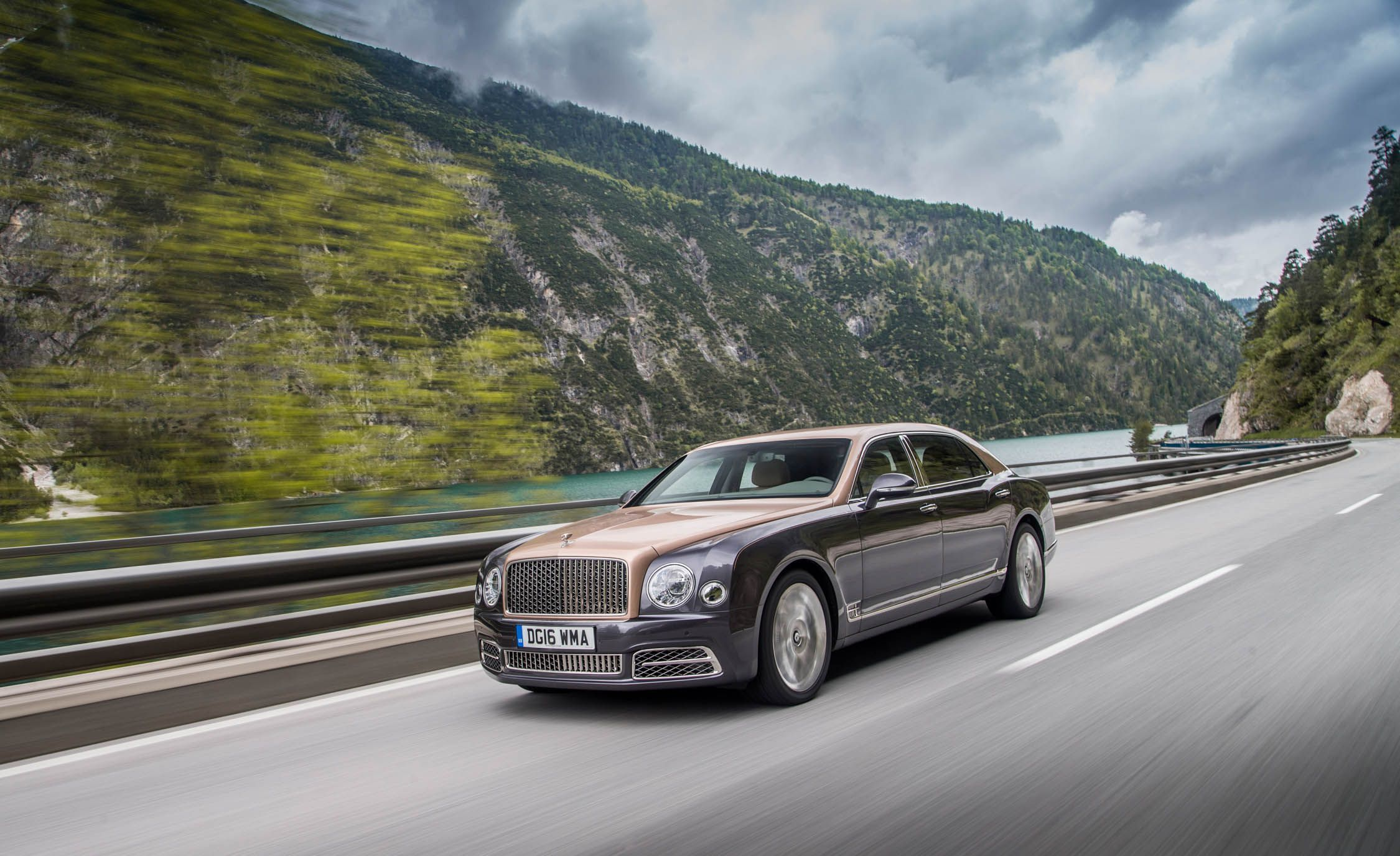 2250x1375 2018 Bentley Mulsanne Reviews | Bentley Mulsanne Price, Photos, and ...