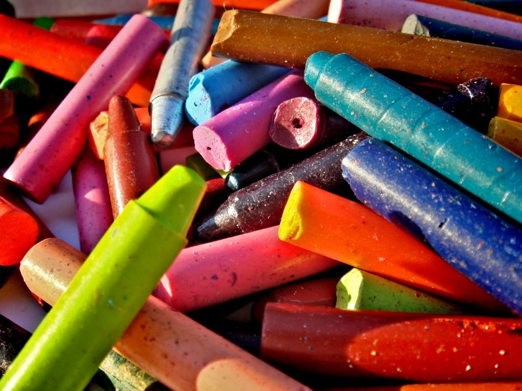 1024x768 Crayons Wallpapers High Quality | Download Free