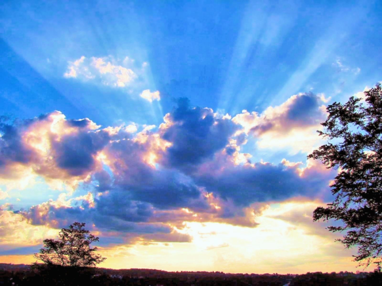 1600x1200 Sky: Inspirational Sunset Rays Clouds Blue Sky Nature Wallpaper Wide ...