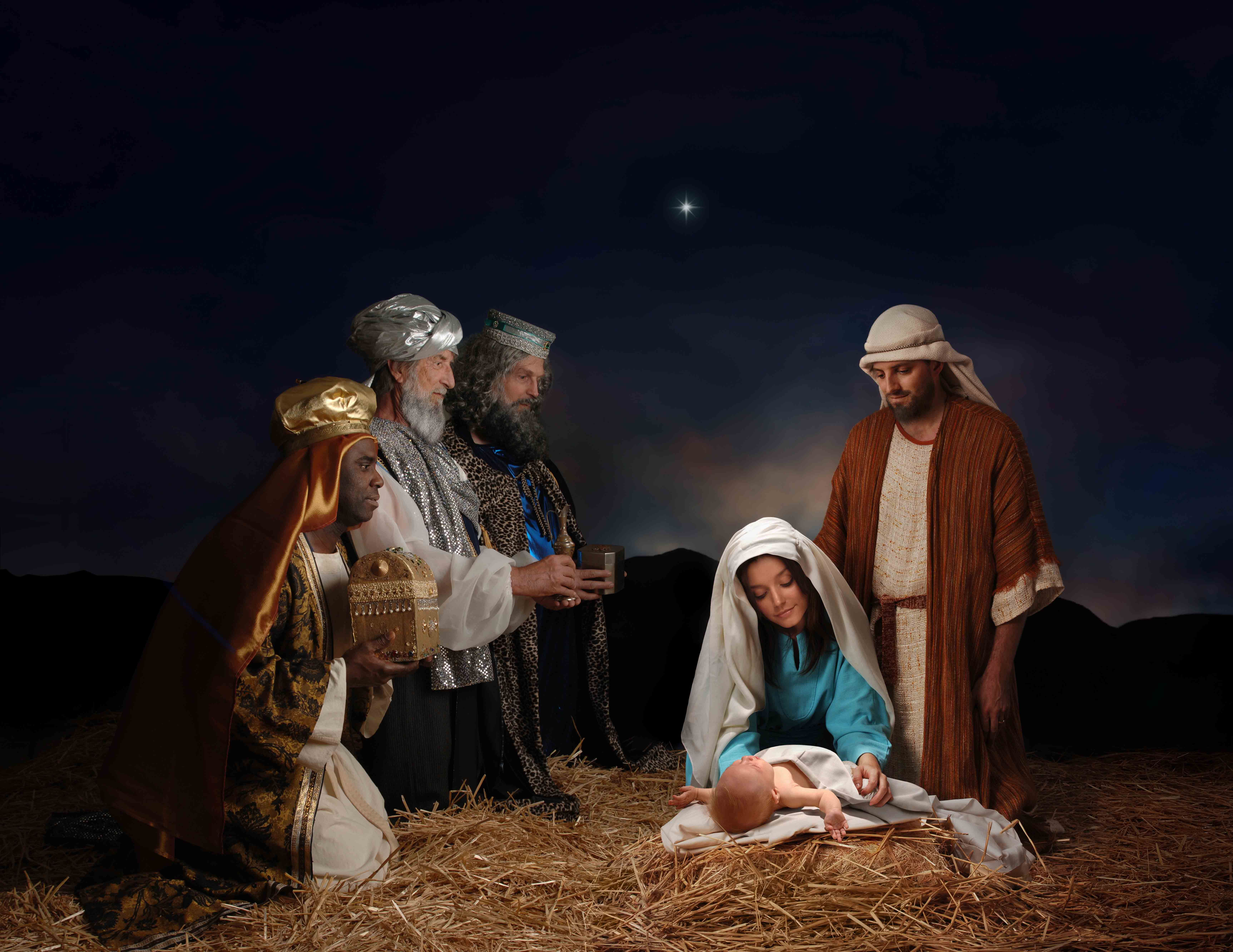 6900x5330 Virgin Mary Gives Births To Jesus Christ HD Wallpaper ...