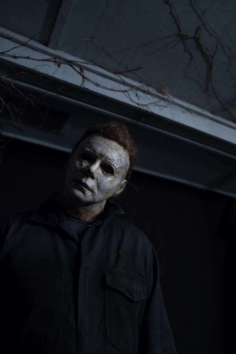900x1349 Nick Castle Tells Us Where You Can Spot Him as Michael Myers in the ...