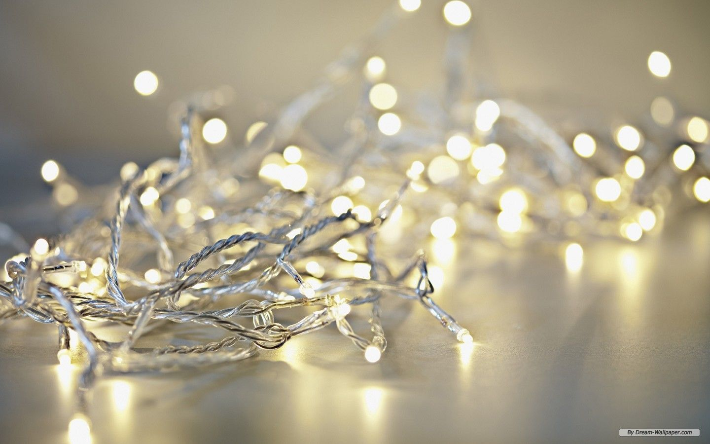 1440x900 All White Christmas Lights | Free Holiday wallpaper - Christmas ...