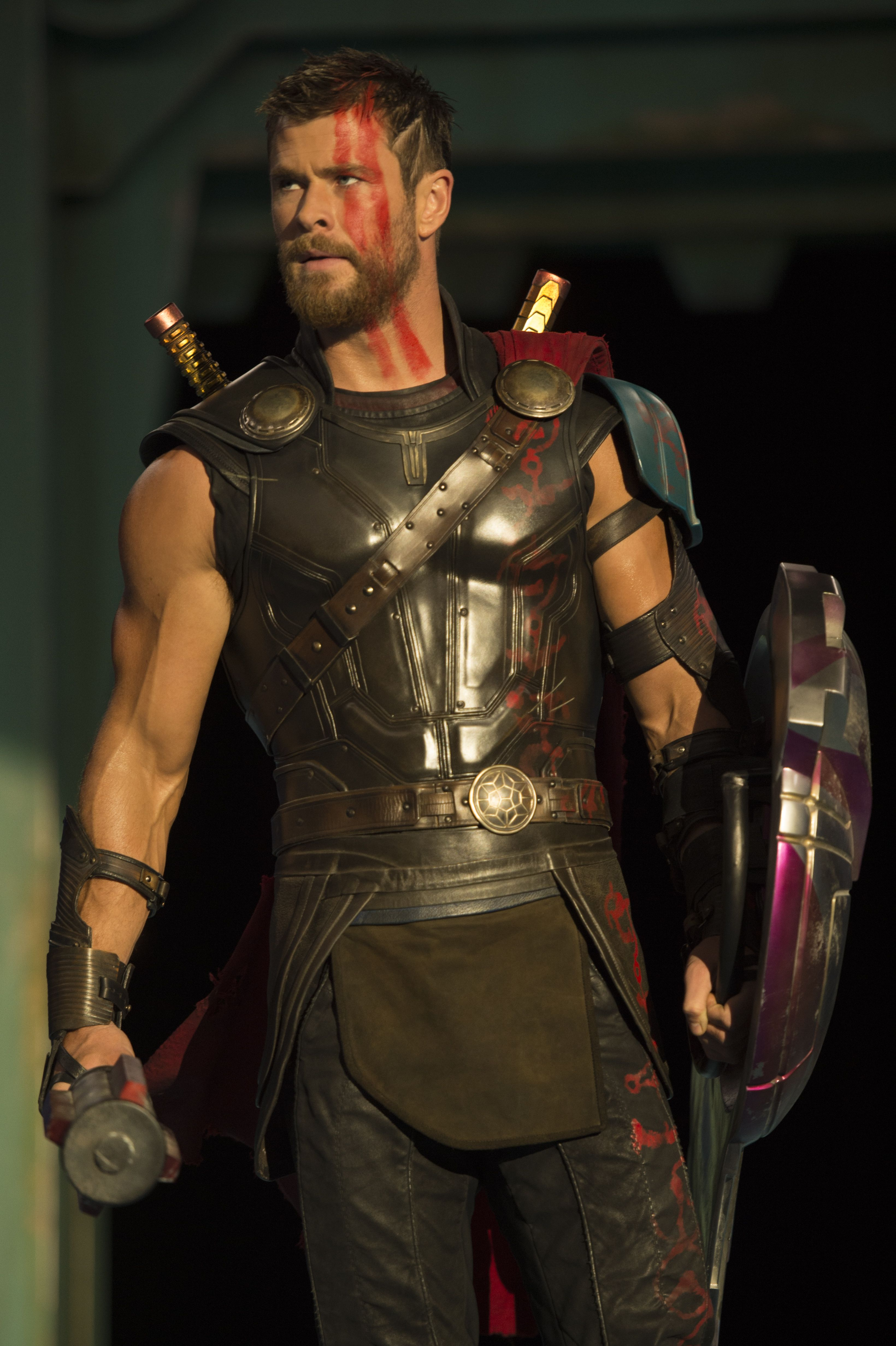 3280x4927 Thor Ragnarok Wallpapers High Quality | Download Free