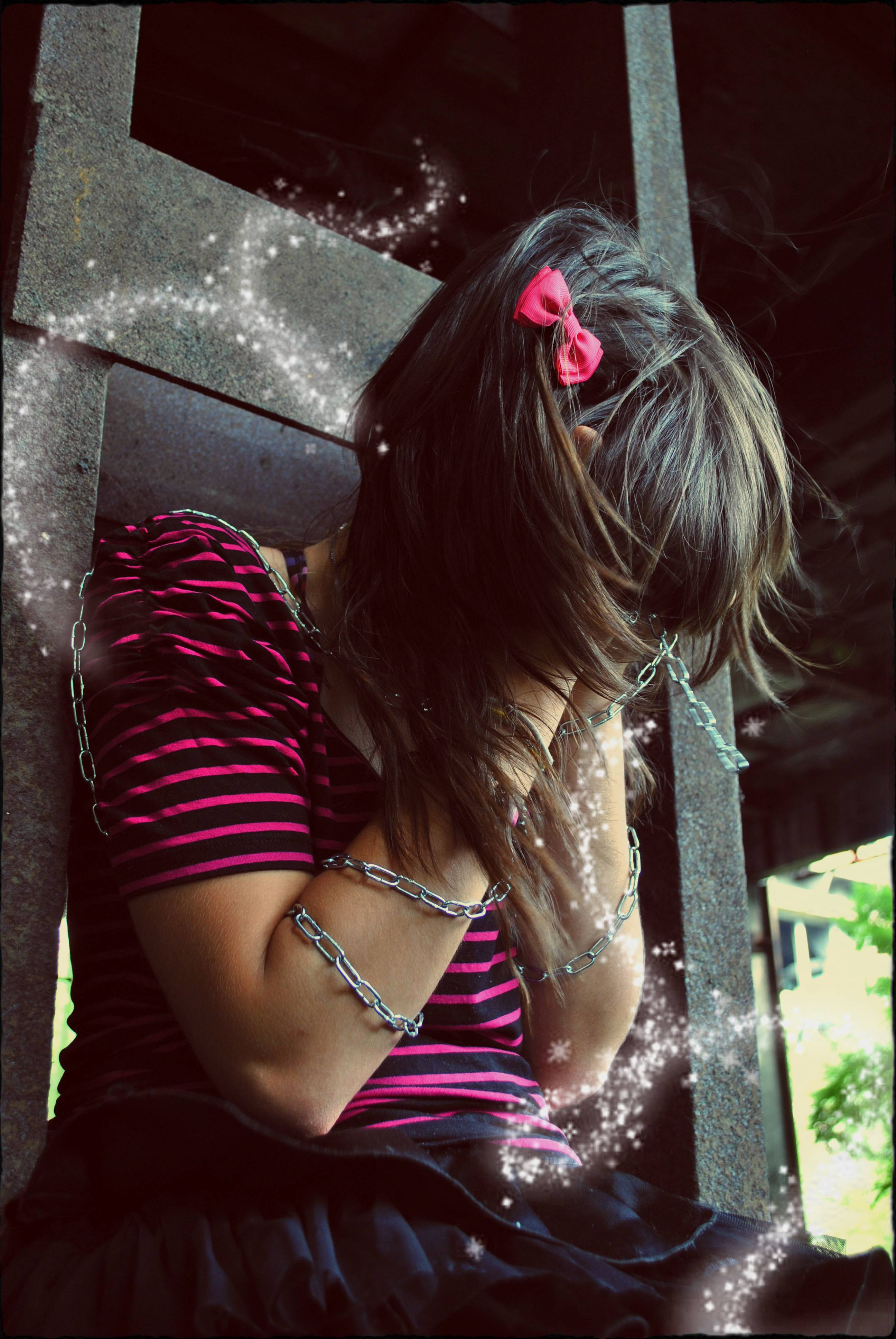 2592x3872 Sad Emo girl wallpaper from EMO wallpapers