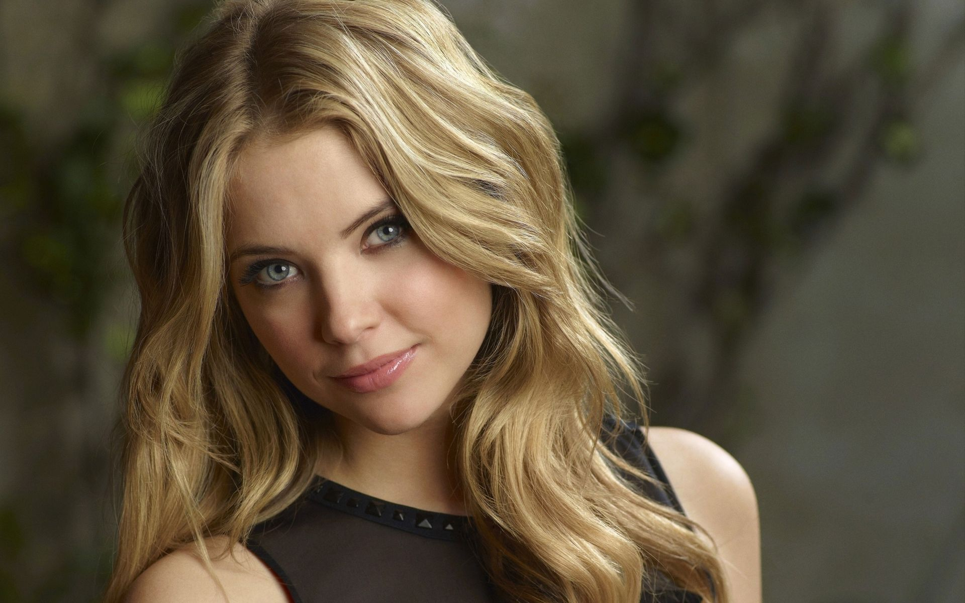 1920x1200 Ashley Benson HD Wallpaper | Background Image | 1920x1200 | ID ...